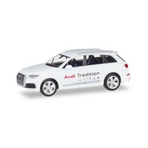 """Macheta auto Audi Q7 ® """"AUDI TRADITION"""""""