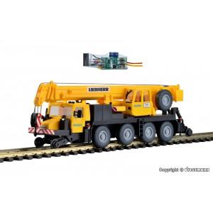 "Kit de construit macara LIEBHERR LTM 1050/4 cu roti pentru calea ferata si iluminare LED ""GleisBau"""
