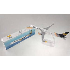 Kit de construit avion Airbus A321 Thomas Cook Scandinavia 1:200