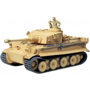Kit de construit tanc Tiger I cu 1 figurina 1:35